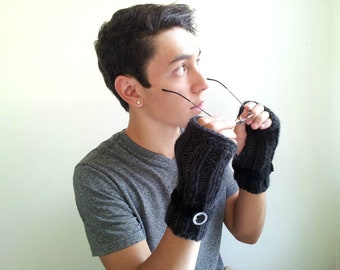 Ribbed Black Fingerless Men's Gloves Handknit in Black. Alpaca and Wool.