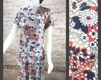 Vintage 70's Floral Polyester dress with Pockets 60s Dress Hippie Costume womens