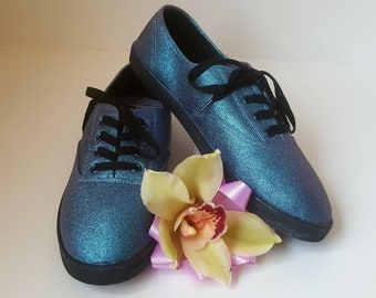 Handmade Shoes Size 8 / Canvas shoes / Hand painted  Shoes / Mens Canvas Shoes / Canvas Shoes Women
