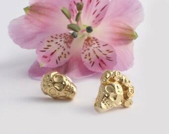 Gold Skull Earrings, Goth Earrings, Skull Stud Earrings, Skull Post Earrings, Sugar Skull Earrings, Dia De Los Muertos Earrings