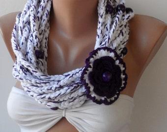 Chain infinity scarf / Crochet scarf, Loop scarf / Infinity scarf, Crocheted scarf, Cowl, Circle scarf, Chunky, white scarf, purple