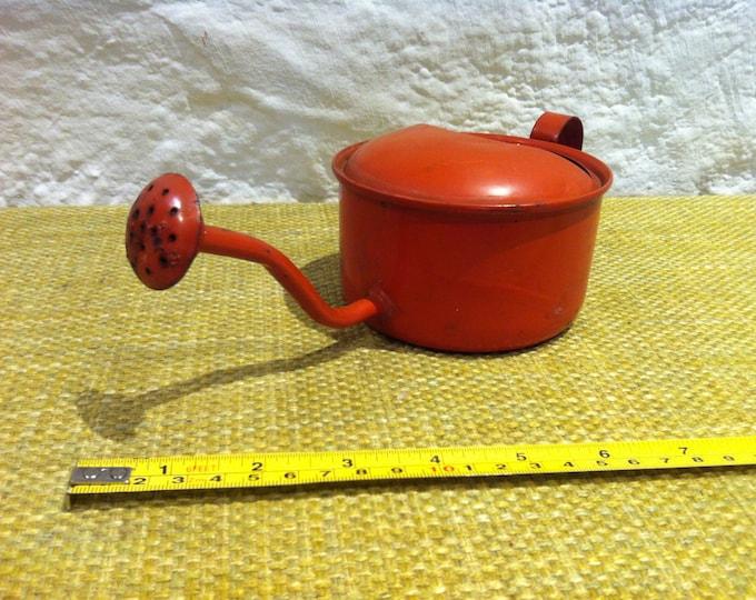 vintage enamel watering can accessoires, miniature, garden deco, shabby