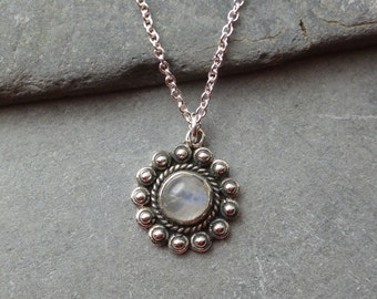 Rainbow Moonstone Flower Pendant, Sterling Silver Rainbow Moonstone Flower Pendant, Rainbow Moonstone Necklace, Silver Necklace