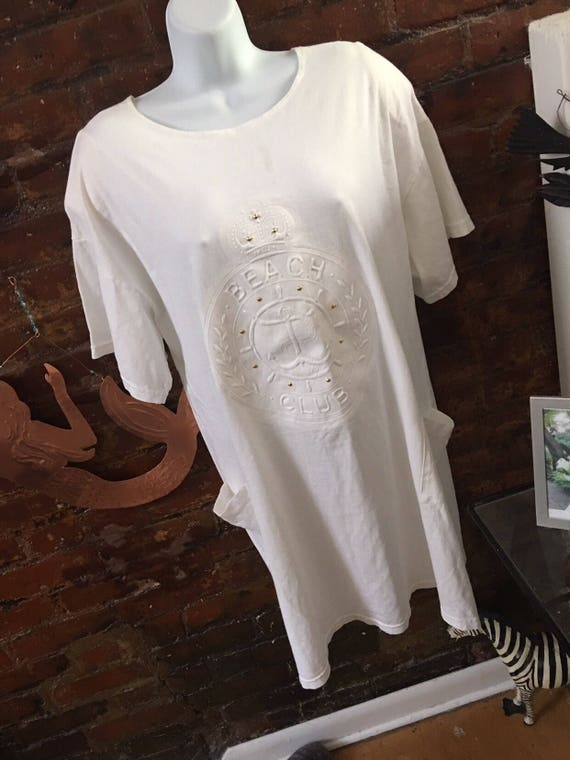 Unworn Vintage Beach Club embossed and Studded Motif Beach Cover Up White Cotton with Pockets oversized
