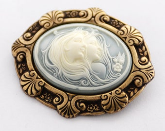 Two Sisters Cameo Brooch, Mother's Day Gift, Best Friend Gift, Mother Daughter Cameo Jewelry, Cameo Pin, Gift for Sister, Twin Sister Gift