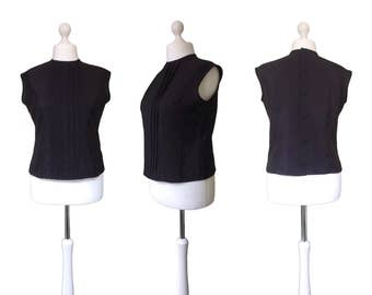 Black 1950's Top | 50's Vintage | Black Blouse | Button Back | Trevira | Sleeveless Shell Top