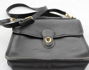 Vintage Coach Black Leather Purse Cross over Long Strap Messenger Station Bag Vintage Leather Cross Body Bag