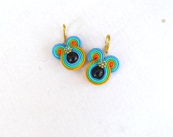 Colorful round dangle earrings , handmade soutache earrings , black onyx earrings , hand embroidered soutache jewelry , dangle earrings
