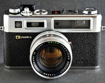 Yashica Electro 35 GS 35mm RF Rangefinder Camera w 45mm f/1.7 Color-Yashinon DX Prime Lens MiNTY !