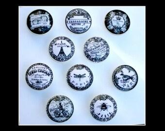 Vintage Ephemera Wood knobs, Black and White