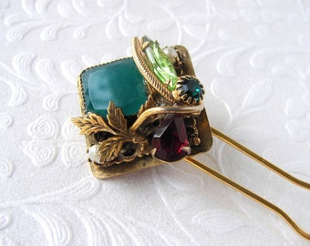 Jeweled Hairpin Vintage Jewelry Hair Comb Green Glass Red Rhinestone Pearl Gold Bouquet Boho Chic Hairpiece Fascinator Evening Formal Prom