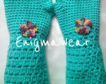 PATTERN, Little girls sweet arm warmer pattern, active wear fingerless glove pattern.