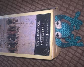 Squashed Frog Crocheted Bookmark