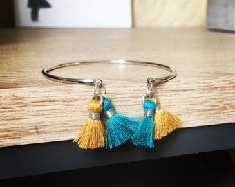 Silver plated Bangle with double tassels