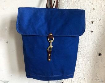 Lightweight waterproof rucksack in cobalt