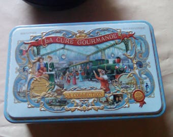 Pretty french cookies box