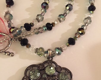 Sale Mom's Seafoam Green and Black Crystal Bead Necklace with Pendant