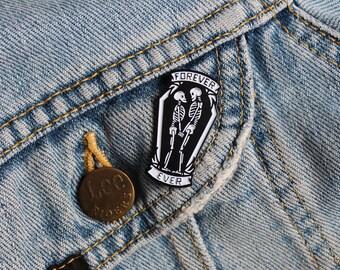 Enamel Pin Badge 'Forever Ever'