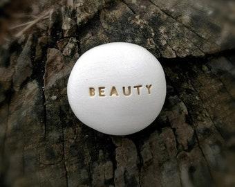 BEAUTY - Ceramic Message Pebble (gold)