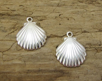 Clam Shell Charms, Two (2) Sterling Silver Clam Shell Charms, Sea Shell Charms, Jewelry Supplies, Item 1254m