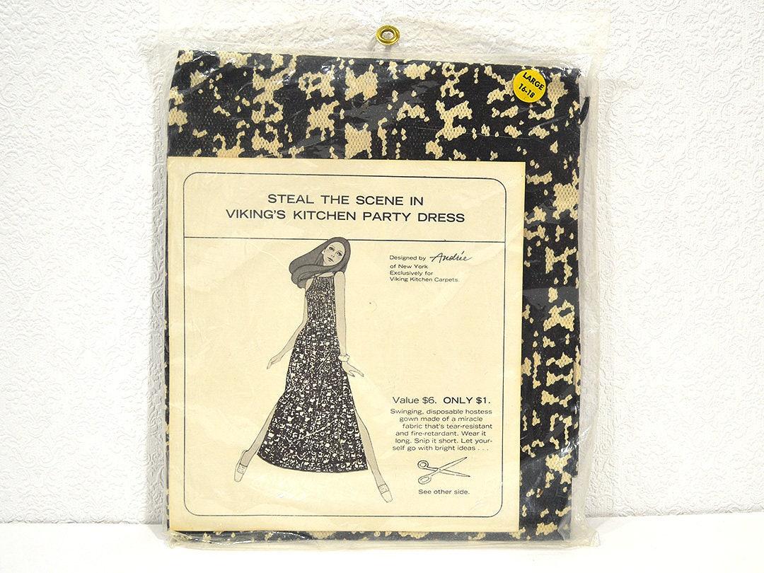 Viking\'s Kitchen Party Dress RARE Vintage Disposable