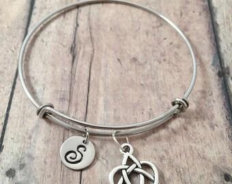 Celtic knot initial bangle - celtic knot jewelry, Gaelic jewelry, sister jewelry, Gaelic bracelet, celtic sister knot pendant, Irish jewelry