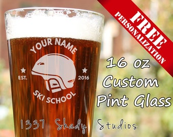 PERSONALIZED Ski Team Pintglass - Add your Own Names for a Great Skiing Themed Gift - Gifts for Skiiers - Barware - Ski School Badge 1