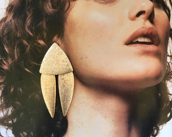 Oversized Geometric Gold Earrings / Statement Earrings / Big 80's Drop Earrings / 80s Clip On Earrings
