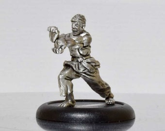 Modern Miniature - Black Belt Karate Dude - 28mm Unpainted - WF08