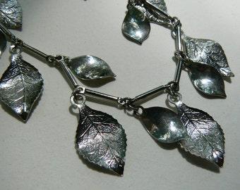 Vintage Silver Tone Leaf Necklace