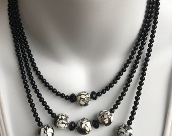 Black and white graduated layers necklace and earring set