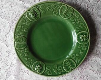 """Bordallo Pinheiro Frog/Lily Pad 10-1/4"""" Plate."""