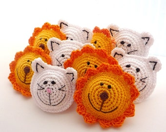 Lion Brooch - Yellow Lion Pin -Kids Jewelry - Gift under 20 - Children Birthday - Funny Jewelry - Birthday Gift  - Children brooch -