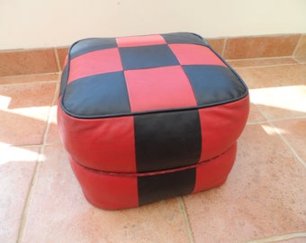 All original Vintage 1960's - 1970's Red & Black checker Board Square shaped Pouf come Foot Stool Foot Rest in very good Condition Pouffe