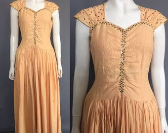 Late 1930s evening gown / 1940s evening gown / sequins