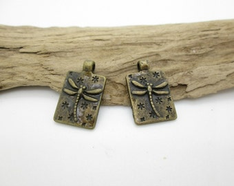 Bronze Dragonfly Charm, Small Dragonfly Pendant, 21x12mm (2)