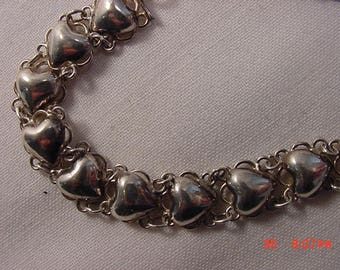 Vintage Sterling Silver Hearts Bracelet  17 - 749