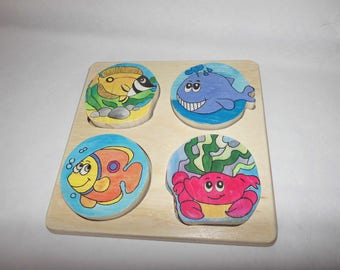 Funny and original wooden fish puzzle