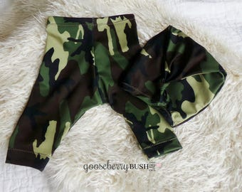 Photo prop, camo prop set of pants and sleep hat, newborn and sitter size.