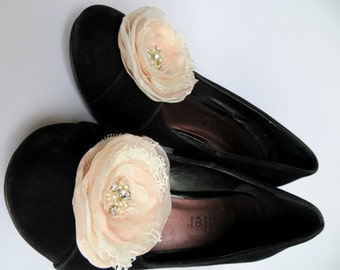 Pink Bridal Shoe Clips (set of 2), Pink Wedding shoe clips, blush wedding, ivory shoe clips, bridal heals, READY TO SHIP