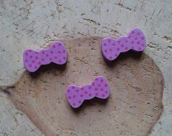 Wood bead purple bow