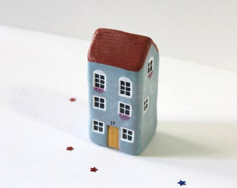 Miniature clay house / Little clay house / Warm grey house / Collectible / Home decor / House warming gift / OOAK figurine / Clay art