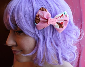 Medium Frosted Cupcake Hair Bow