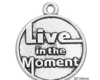 10 PCS- Live in the Moment Charm