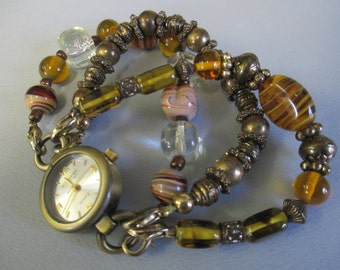 """Vintage Lady's watch """" Accessory Crossing"""" removeable glass beaded band used"""