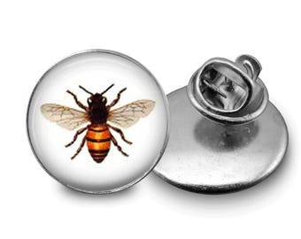 Bee Pin/ Honeybee Pin/ Bee Button/ Vintage Bee Pin/ Honeybee Gift / Save the Bees/ Gift for Beekeeper/ Insect Pin/ Honeybee Jewelry