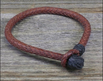 The Herringbone Braid Kangaroo Leather Bracelet