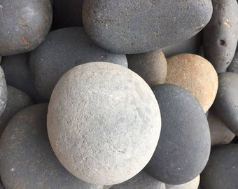 Bare Natural Stones for Painting, Mandala, Carin Statues and  Rock Painting and Crafts