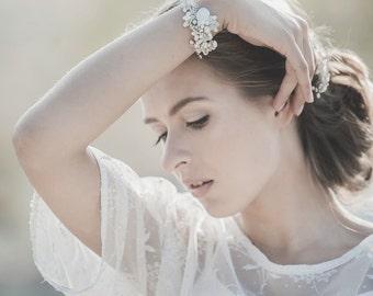 Wedding Bracelet, Bridal Bracelet, Swarovski Crystal Bracelet , Freshwater Pearl Bracelet, Crystal Bracelet, Cuff Bracelet , Bridal Jewelry