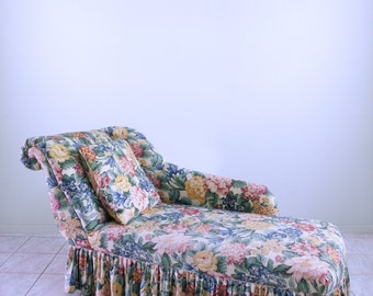 Elegant Floral BOUDOIR Fainting Couch ART DECO Skirted Hollywood Regency  Shabby Chic Post Modern Rollback Chaise